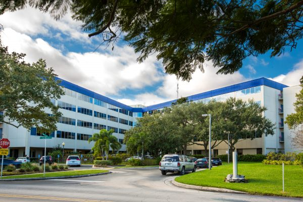 Exterior view of Indian River Medical Center Entrance